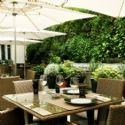 La terrasse du M64, restaurant de l'Hôtel InterContinental Paris.