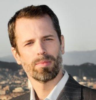 Election directeur(trice) Client 2017 : Mike Massimi, Directeur de l'expérience client de Photobox