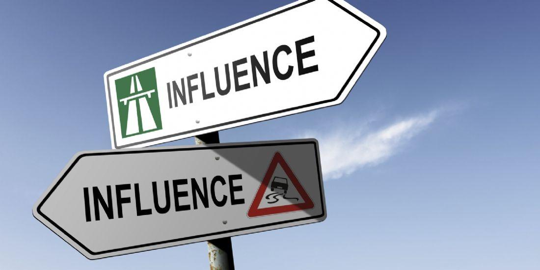 L'influence, les dessous des stratégies des marques