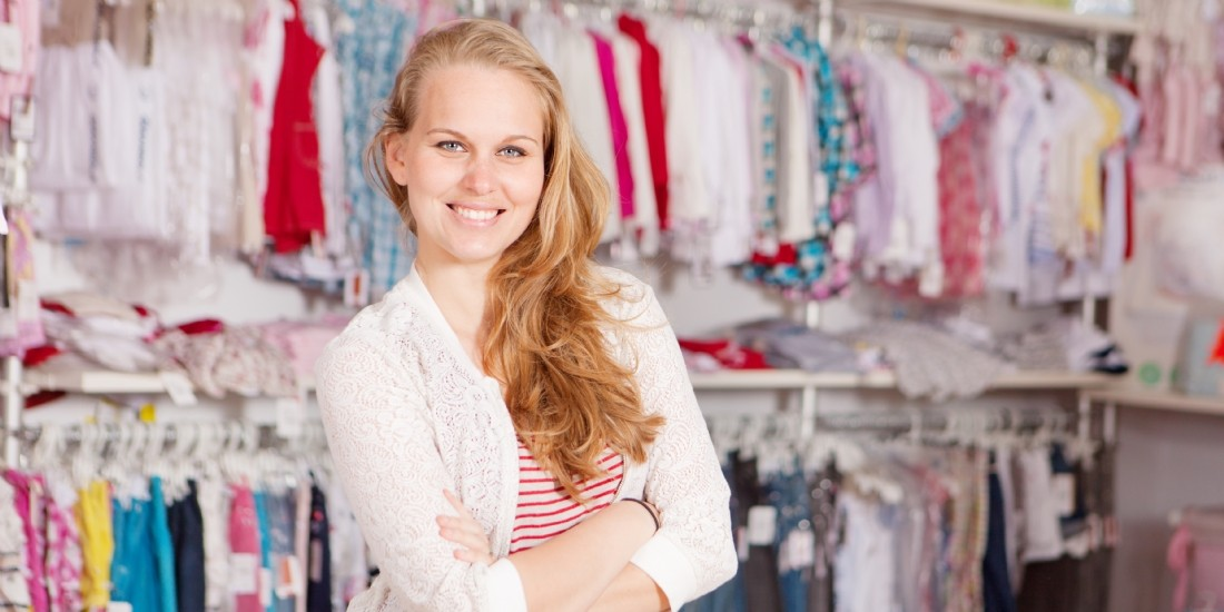 [Tribune] De vendeur à micro-influenceur, le nouveau rôle du collaborateur en magasin